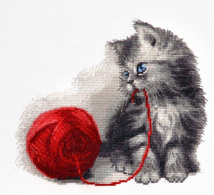 Вышивка крестом кошка и котенок 348